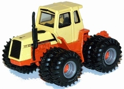 Case 2470 Traction king TF ERTL16168A Schaal 1:64