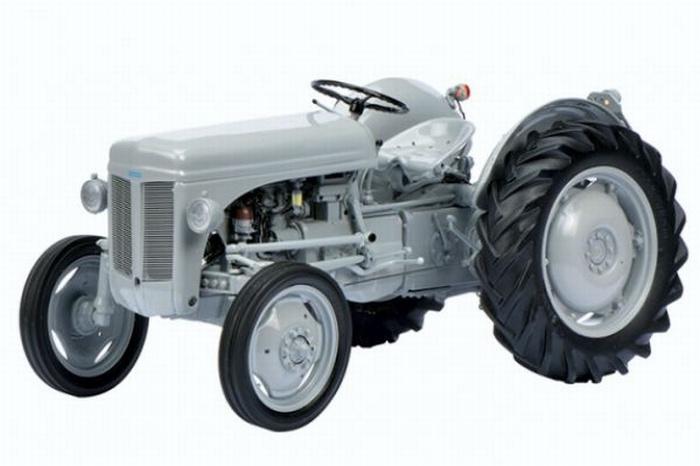 Ferguson TE 20 tractor Schuco SC00104 Scale 1:18