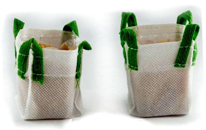 Big Bag set 2 stuks met vulling KG570036 Schaal 1:32