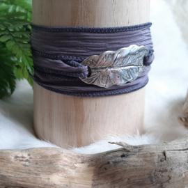 'BOHO Wrap armband' - ZILVER -natuurlijk-blad-lila-paars-zijde-silk-lint-touch-of-nature