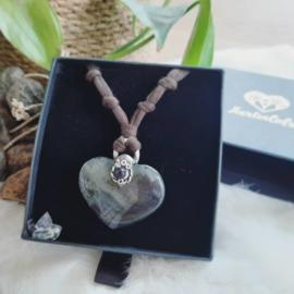 Persoonlijk op maat gemaakte Hartverbinder - GROOT ZILVER - Hartvorm - edelsteen - volg je hart - dromen - verlangens - manifesteren