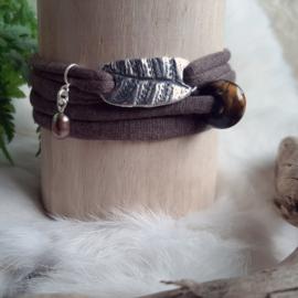 'BOHO Wrap armband' - ZILVER -natuurlijk-blad-lila-paars-zijde-silk-lint-touch-of-nature zoetwater parel