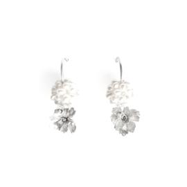Zilveren oorbellen met zoetwaterparels