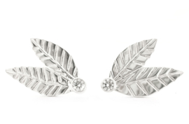 Silver leaves earstuds with moissanite