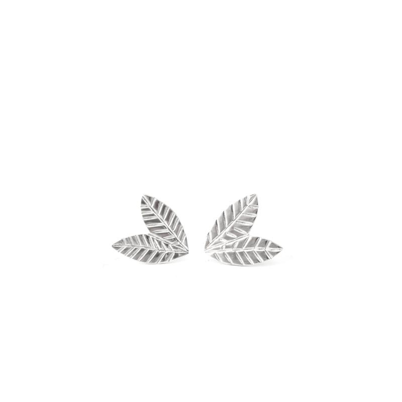 Silver leaves earstuds