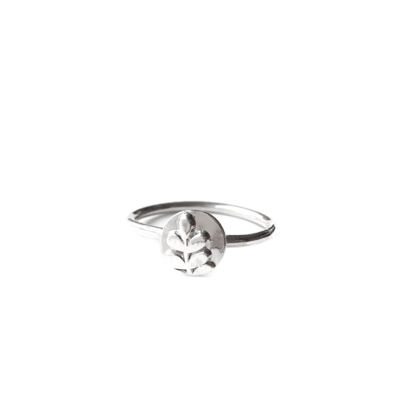 Zilveren takjes ring