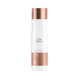 Wella Fusion - Intense Repair Shampoo - 250 ml