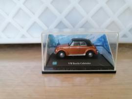 Volkswagen Kever cabrio gesloten