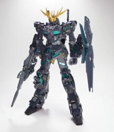 Gundam Unicorn: Master Grade - U. Gundam 02 Banshee Ver. 1:100 Model Kit