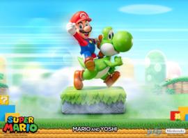 First 4 Figures - Super Mario Statue Mario & Yoshi 48 cm