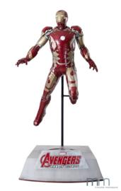 Marvel: Avengers 2 - Life Sized Iron Man Mark 43 Statue with Base