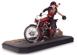Gotham City Garage: Harley Quinn Statue