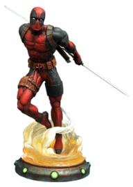 Marvel Gallery: Deadpool PVC Figure