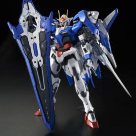 Gundam: GN-0000+GNR-010/XN 00 XN Raiser MG 1/100