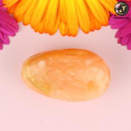 Oranje Calciet handsteen nr. 19