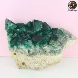 Fluoriet ruw Extra Groot Smaragd Groen nr. 8