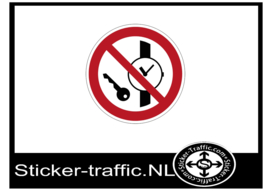Metalen voorwerpen verboden sticker
