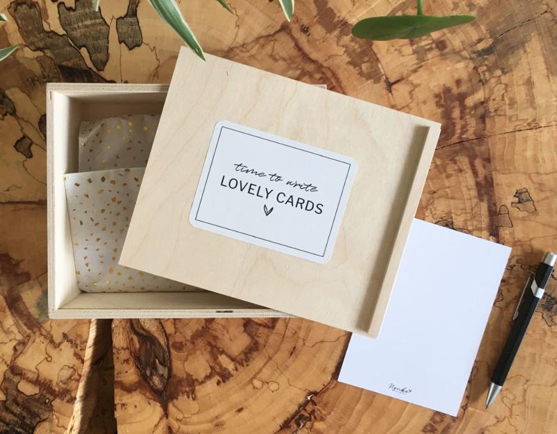 Gevulde kaartenbox