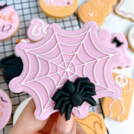 Halloween - Spinneweb outbosse & cookie cutter 2 delig