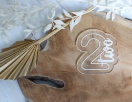 Cijfer two met bijpassende cookie cutter 2 delig - oh my cookie