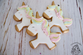 Unicorn Lesly cookie cutter