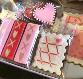 XOXO stick cookie cutter & stencil