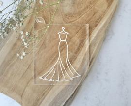 Trouwen - jurk op hanger