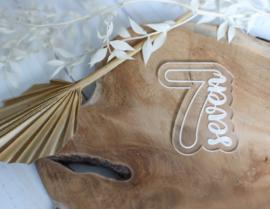 Cijfer seven met bijpassende cookie cutter 2 delig - oh my cookie