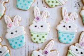 Bunny cupcake cookie cutter & stencil