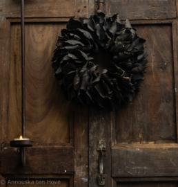 Krans Black palm petal 40cm