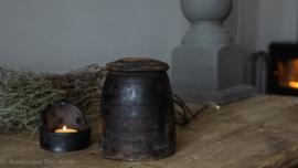 Oud houten Nepalees Potje