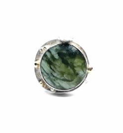 Zilveren ring met serafiniet
