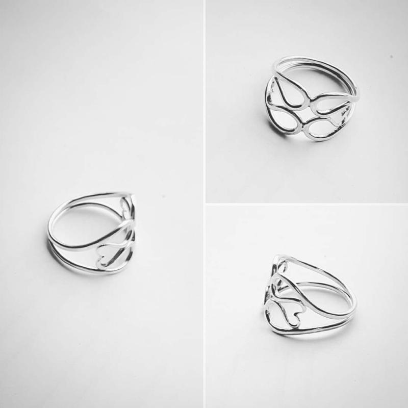 Dubbele hart-in-hart ring zilver