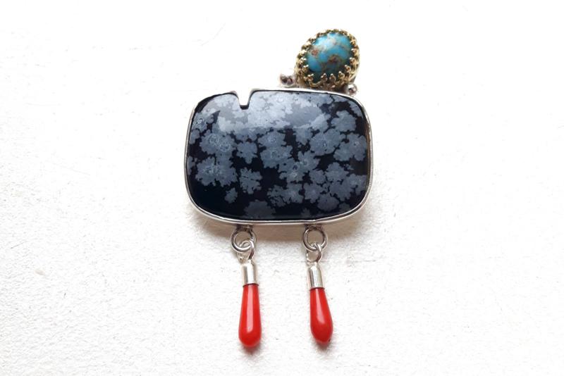 Broche met sneeuwvlok-obsidiaan