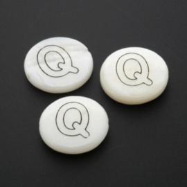 letterkraal schelp Q /  13 x 4 mm p/12