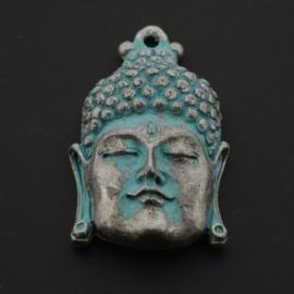 Decoratieve hanger buddha klein gesloten ogen NMAS turquoise 33 x 20mm p/3