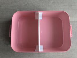 Lichtroze VERZORGENDE. Lunchbox