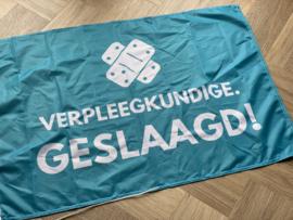 Blauw VERPLEEGKUNDIGE. geslaagd vlag