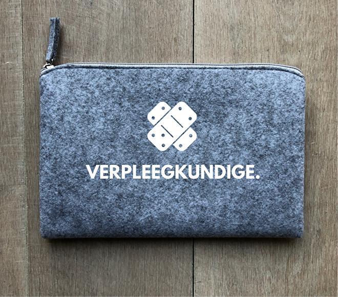 https://www.annetweelinkdesign.com/c-3889943/kussens/
