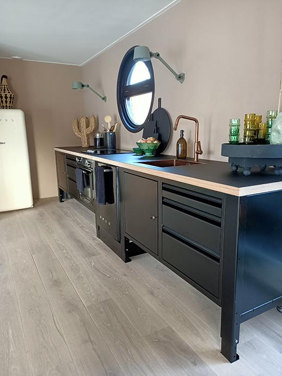 big easy module keuken zwart smeg tonone