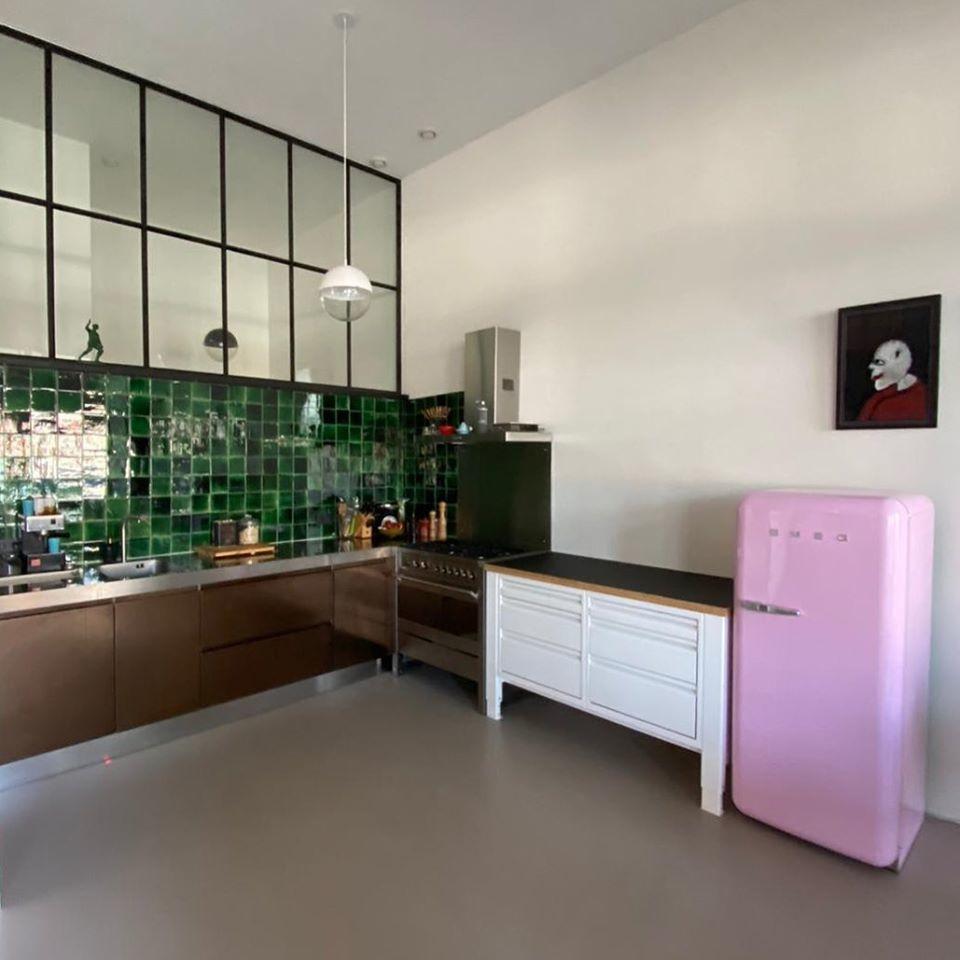 modulaire kuchen the big easy smeg roze
