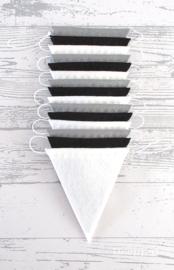 Vlaggenlijn, Grijs/Zwart/Wit