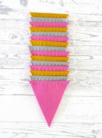 Vlaggenlijn, Oud roze/Mosterd/Grijs