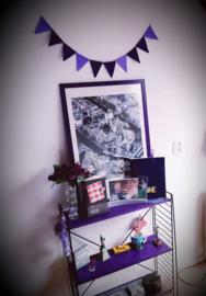 Mini vlaggenlijn in paars tinten.