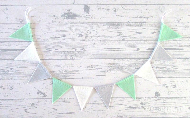 Vlaggenlijn MINI, Fresh mint/Wit/Muisjesgrijs