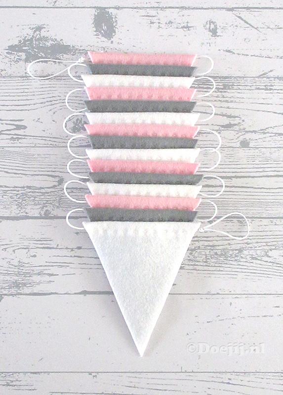 Vlaggenlijn, Grijs/Licht roze/Wit