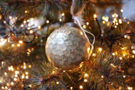 Kerstbal 'gebroken' afwerking