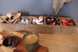 houten bak met 5 vakken