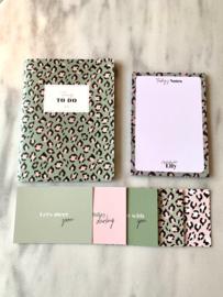 SET: Planner + Notitieblok + Postcards incl. verzenden!
