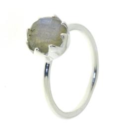 Zilveren ring met Labradoriet edelsteen
